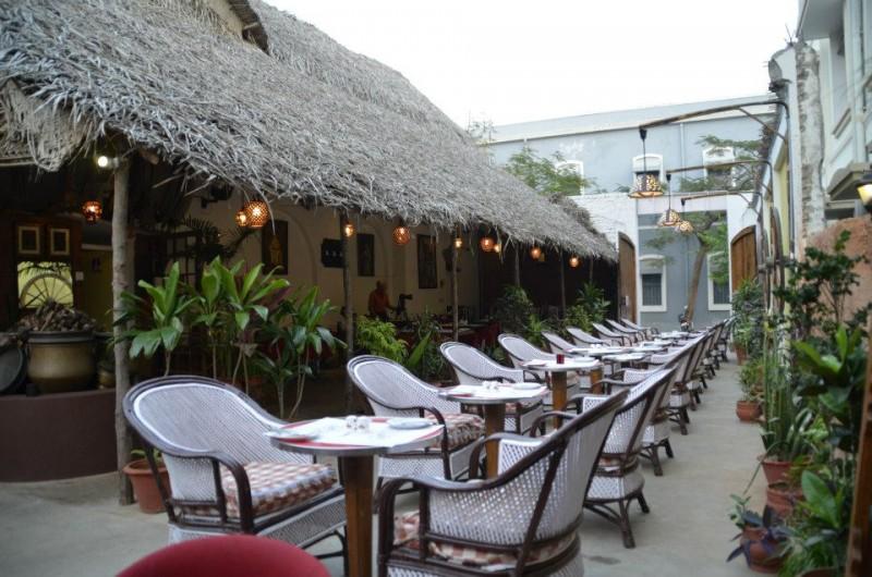 Rendezvous-Cafe-Restaurant-Pondicherry-6