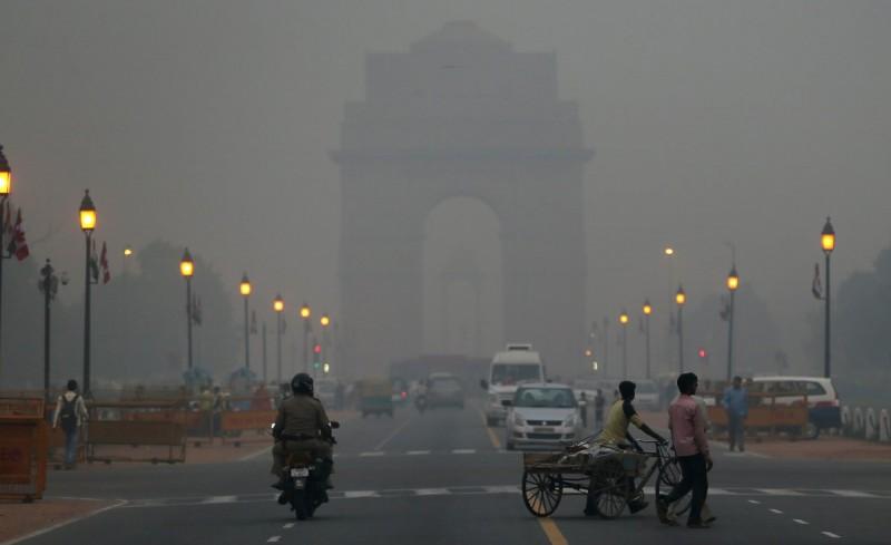 Image result for दिल्ली के प्रदूषण पहुँचा रहे है नुकसान