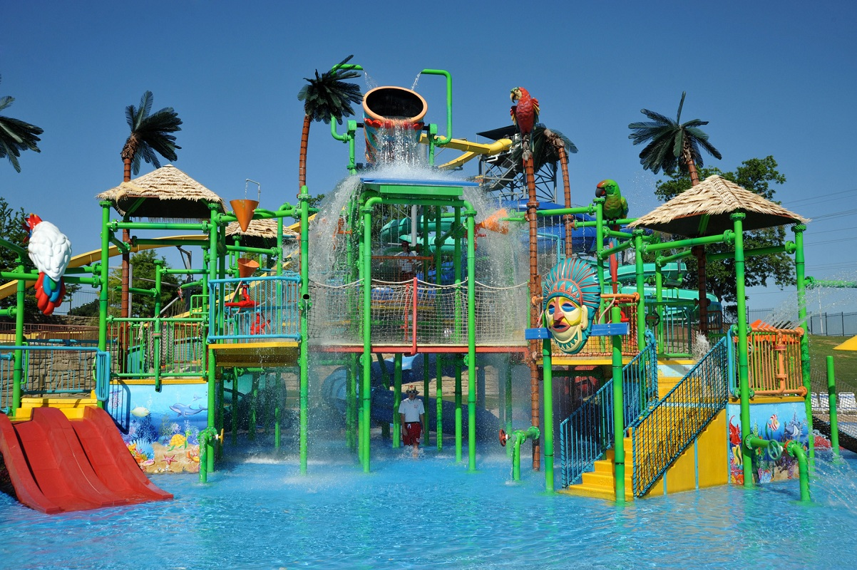 7 Waterparks Near Dallas To Make Your Summers Seem Awesome